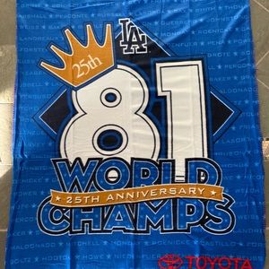 Dodgers 25th Anniversary World Champs 81 blanket
